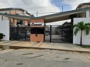 Townhouse En Ventaen Municipio Naguanagua, Manantial, Venezuela, VE RAH: 20-21721