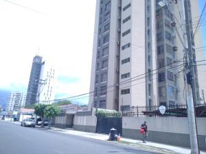 Apartamento En Ventaen Maracaibo, Dr Portillo, Venezuela, VE RAH: 20-21753