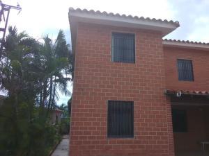 Casa En Ventaen Municipio Naguanagua, La Entrada, Venezuela, VE RAH: 20-21812