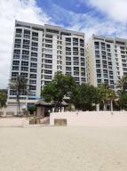 Apartamento En Ventaen Catia La Mar, Playa Grande, Venezuela, VE RAH: 20-18591