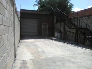 Galpon - Deposito En Ventaen Maracay, El Hipodromo, Venezuela, VE RAH: 20-21811