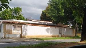 Casa En Ventaen Valencia, Trigal Centro, Venezuela, VE RAH: 20-22447