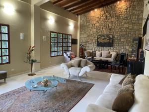 Casa En Ventaen Caracas, Prados Del Este, Venezuela, VE RAH: 20-23942