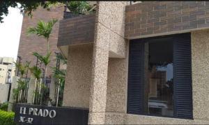 Apartamento En Alquileren Maracaibo, Dr Portillo, Venezuela, VE RAH: 20-22541
