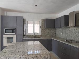 Casa En Ventaen Coro, Sector Los Orumos, Venezuela, VE RAH: 20-21876