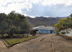 Local Comercial En Ventaen Mariara, Las Brisas, Venezuela, VE RAH: 20-21877