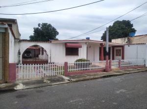 Casa En Ventaen Maracay, Fundacion Mendoza, Venezuela, VE RAH: 20-21891