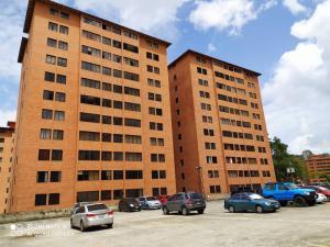 Apartamento En Alquileren Caracas, Parque Caiza, Venezuela, VE RAH: 20-21915
