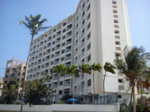 Apartamento En Ventaen Parroquia Caraballeda, Tanaguarena, Venezuela, VE RAH: 20-22115