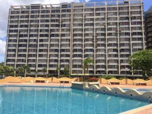 Apartamento En Ventaen Higuerote, Ciudad Balneario Higuerote, Venezuela, VE RAH: 20-21957