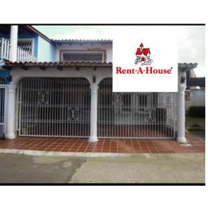 Casa En Alquileren Ciudad Bolivar, Sector Crúz Verde, Venezuela, VE RAH: 20-21979