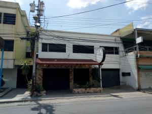 Local Comercial En Alquileren Maracay, El Limon, Venezuela, VE RAH: 20-21985