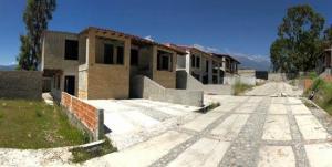 Townhouse En Ventaen Merida, Avenida 1, Venezuela, VE RAH: 20-22000