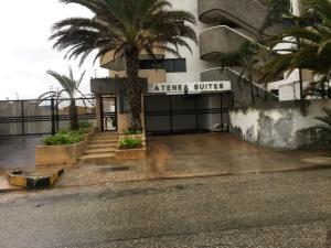 Townhouse En Ventaen Margarita, Costa Azul, Venezuela, VE RAH: 20-22170