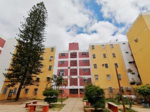 Apartamento En Ventaen Barquisimeto, Parroquia Union, Venezuela, VE RAH: 20-22015