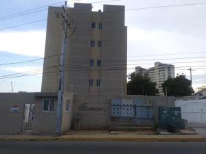 Apartamento En Ventaen Maracaibo, Valle Frio, Venezuela, VE RAH: 20-22032