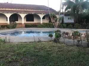 Casa En Ventaen Municipio Libertador, Safari Carabobo, Venezuela, VE RAH: 20-22047
