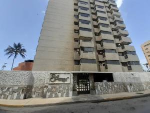 Apartamento En Ventaen Lecheria, Av Diego Bautista Urbaneja, Venezuela, VE RAH: 20-22049