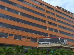 Apartamento En Ventaen Catia La Mar, Playa Grande, Venezuela, VE RAH: 20-22091