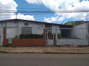 Casa En Ventaen Ciudad Bolivar, Av La Paragua, Venezuela, VE RAH: 20-22093