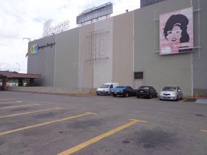 Local Comercial En Ventaen Maracay, Base Aragua, Venezuela, VE RAH: 20-22097