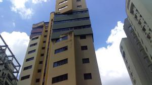 Apartamento En Alquileren Valencia, El Bosque, Venezuela, VE RAH: 20-22310