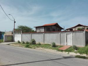 Casa En Ventaen Margarita, Guacuco, Venezuela, VE RAH: 20-22126