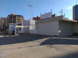 Local Comercial En Ventaen Maracaibo, 5 De Julio, Venezuela, VE RAH: 20-22166