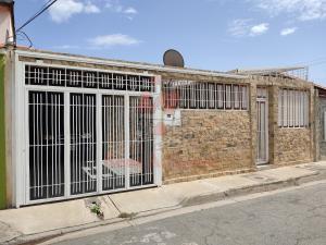 Casa En Ventaen Maracay, Villas Antillanas, Venezuela, VE RAH: 20-22201