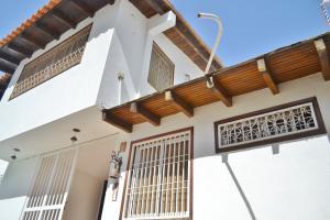 Casa En Ventaen Maracaibo, Valle Frio, Venezuela, VE RAH: 20-22204