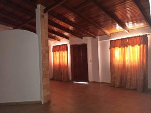 Casa En Ventaen Punto Fijo, Puerta Maraven, Venezuela, VE RAH: 20-22205