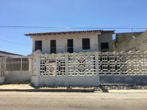 Casa En Ventaen Punto Fijo, Santa Irene, Venezuela, VE RAH: 20-22303