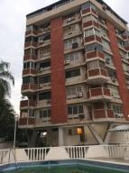 Apartamento En Ventaen Parroquia Caraballeda, Palmar Este, Venezuela, VE RAH: 20-22309