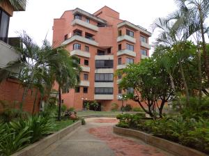 Apartamento En Alquileren Maracay, El Bosque, Venezuela, VE RAH: 20-22324