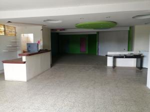 Local Comercial En Alquileren Ciudad Ojeda, Plaza Alonso, Venezuela, VE RAH: 20-22328