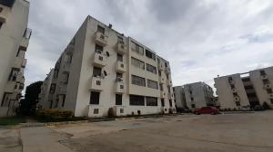 Apartamento En Ventaen Guacara, Ciudad Alianza, Venezuela, VE RAH: 20-22345