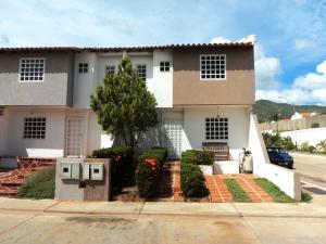 Townhouse En Ventaen Margarita, Avenida Juan Bautista Arismendi, Venezuela, VE RAH: 20-11709
