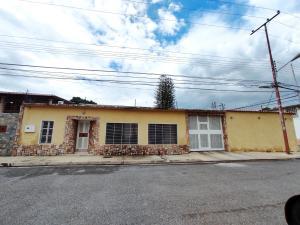 Casa En Ventaen Maracay, Mario Briceno Iragorry, Venezuela, VE RAH: 20-22360