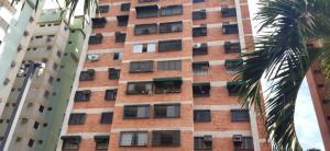 Apartamento En Ventaen Maracay, Avenida Aragua, Venezuela, VE RAH: 20-22380
