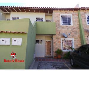 Apartamento En Ventaen Intercomunal Maracay-Turmero, La Providencia, Venezuela, VE RAH: 20-3524