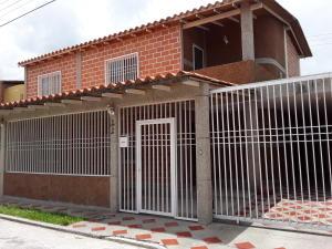 Casa En Ventaen Turmero, Marina Caribe, Venezuela, VE RAH: 20-22394