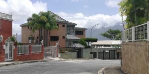 Casa En Ventaen Caracas, Los Naranjos Del Cafetal, Venezuela, VE RAH: 20-22596