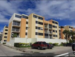 Apartamento En Ventaen Municipio San Diego, Yuma, Venezuela, VE RAH: 20-22442