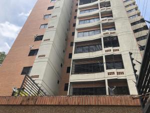 Apartamento En Ventaen Valencia, Valles De Camoruco, Venezuela, VE RAH: 20-22449