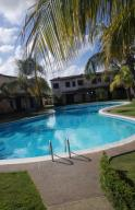 Townhouse En Ventaen Higuerote, Higuerote, Venezuela, VE RAH: 20-22480