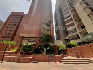 Apartamento En Alquileren Maracaibo, La Lago, Venezuela, VE RAH: 20-6793