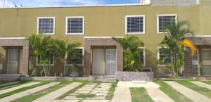 Casa En Ventaen Cabudare, Caminos De Tarabana, Venezuela, VE RAH: 20-22486