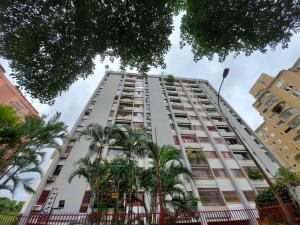 Apartamento En Alquileren Caracas, Terrazas Del Club Hipico, Venezuela, VE RAH: 20-22544