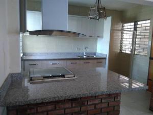 Casa En Ventaen Maracaibo, Valle Frio, Venezuela, VE RAH: 20-22507