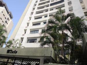 Apartamento En Ventaen Valencia, Valles De Camoruco, Venezuela, VE RAH: 20-22515